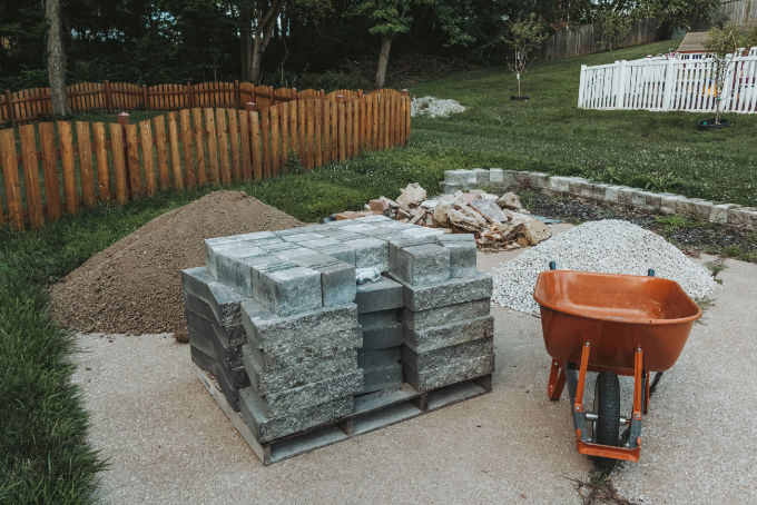 Versa Lok Landscape Retaining Wall Block Delivery