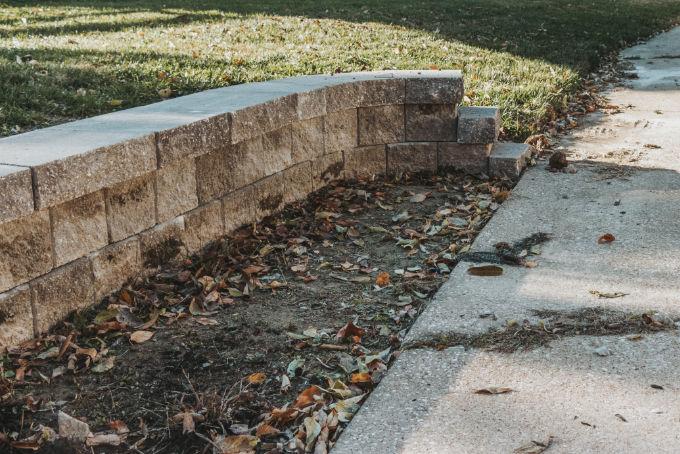Versa Lok Landscape Retaining Wall Driveway Before Mulch